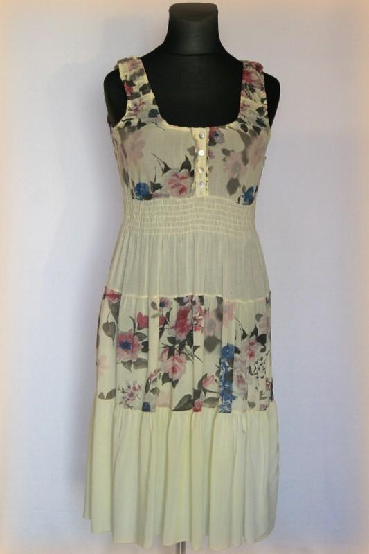486e30d5ec Hosszú virágos nyári ruha - Selyem,csipke,pamut ruhák :: Ruhakirály ...